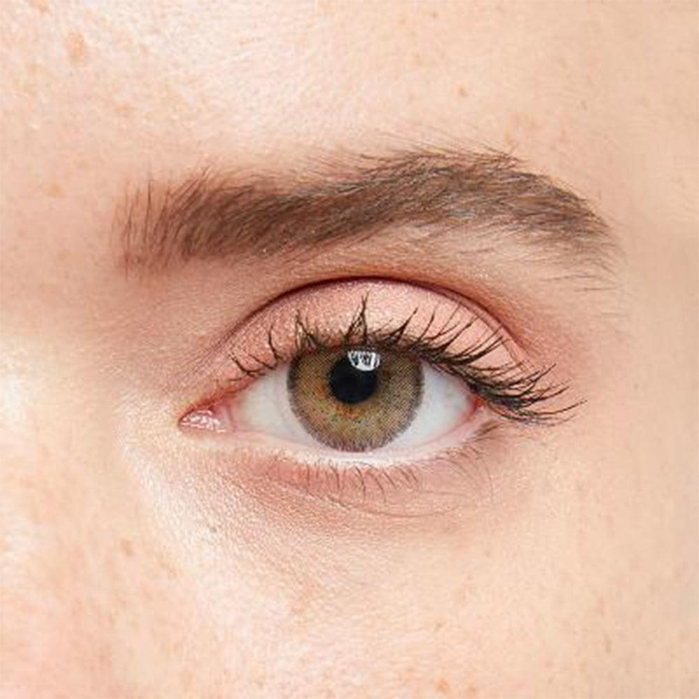 iconic hazel hareli lens