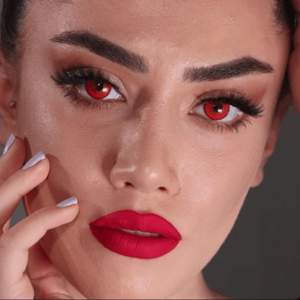 iconic kırmızı lens